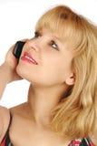 Jonge vrouw en mobiele telefoon Royalty-vrije Stock Foto's