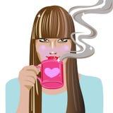 Jonge vrouw het drinken koffie Royalty-vrije Stock Afbeelding