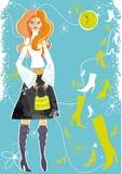 Jonge vrouw het kopen schoenen. Stock Foto