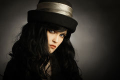 Jonge vrouw in hoed Royalty-vrije Stock Afbeelding