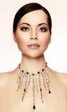 Jonge vrouw met halsband royalty-vrije stock fotografie