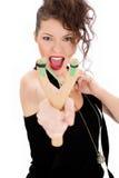 Jonge vrouw met katapult Royalty-vrije Stock Afbeeldingen