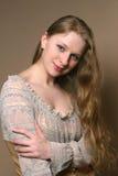 Jonge Vrouw met Lange Mooie Haren Stock Afbeeldingen
