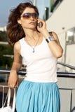 Jonge Vrouw met mobiele 2 Stock Foto