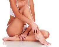 Jonge vrouw met slank lichaam royalty-vrije stock fotografie