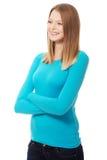 Jonge vrouw met toothy glimlach stock afbeeldingen