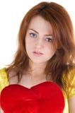Jonge vrouw met valentijnskaart Royalty-vrije Stock Foto's