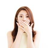 Jonge vrouw met verrast gebaar Royalty-vrije Stock Foto