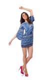 Jonge vrouw op manier Stock Foto's
