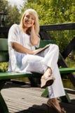 Jonge vrouw planning royalty-vrije stock afbeelding