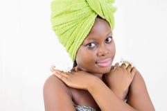 Jonge vrouw in schoonheid Stock Foto's