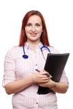 Jonge vrouwelijke en gelukkige arts, die glimlachen Royalty-vrije Stock Afbeelding
