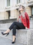 Jonge Vrouwelijke Manier Blogger stock afbeeldingen