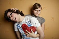 Jonge vrouwen intimiderende partner Stock Foto's