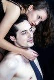 Jonge vrouwen met mannen Stock Afbeeldingen