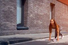 Jonge vrouwenturner stock foto