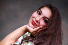 Jonge zigeunertaalvrouw Stock Fotografie