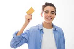 Jongelui met creditcard royalty-vrije stock fotografie