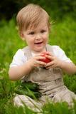 Jongen en groenten Royalty-vrije Stock Fotografie