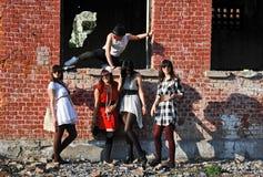 Jongen en meisjes Stock Foto's