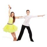 Jongen en meisjes het dansen ballet Stock Afbeeldingen