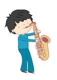 Jongen het spelen saxofoon op witte achtergrond wordt geïsoleerd die Stock Foto