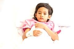 Jongen in het ziekenhuis royalty-vrije stock foto
