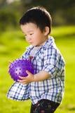 Jongen met bal Royalty-vrije Stock Foto's