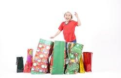 Jongen met de Gift van Kerstmis Stock Foto