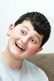 Jongen met een glimlach Stock Fotografie