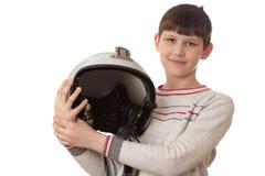 Jongen met helm op wit wordt geïsoleerd dat Stock Afbeelding