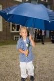 Jongen met paraplu Royalty-vrije Stock Afbeelding