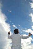 Jongen met vlieger stock afbeeldingen