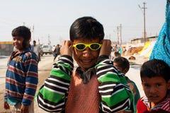 Jongen met zonglazen Stock Fotografie