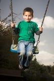 Jongen op schommeling Royalty-vrije Stock Fotografie