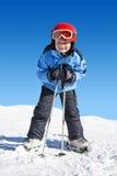 Jongen op skis Stock Foto's