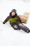 Jongen in openlucht in de winter Stock Fotografie