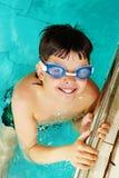 Jongen in pool Royalty-vrije Stock Fotografie