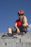 Jongen in rollerblades Stock Fotografie