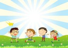 Jongens die in de heuvel spelen vector illustratie