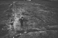 Jongens het lopen Stock Fotografie