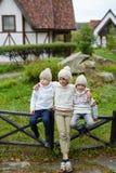 Jongens in Platteland Stock Foto's