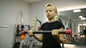 Jongens toekomstige atleet stock footage