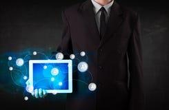 Jongereholding talbet met communicatietechnologie concep Stock Fotografie