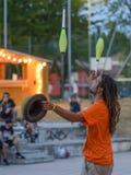 Jonglör på den Pollo metallfesten arkivfoto