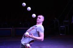 Jongleur Alexander Koblikov (Ukraine) Photographie stock libre de droits