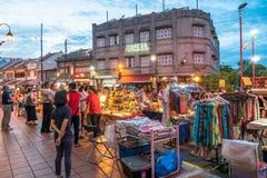 Jonker-Straße verkauft alles von den geschmackvollen Nahrungsmitteln an billige Andenken Lizenzfreies Stockfoto