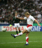 Jonny Wilkinson. Try to pass a drop during  the Final of the Rugby World Cup 2007 between South Africa and England at the Stade de France on October 20, 2007 in Stock Photo
