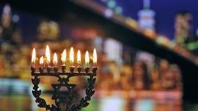 Joodse vakantie hannukah symbolen - menorah stock footage