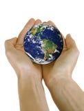 jord hands holdingplanet Royaltyfri Fotografi